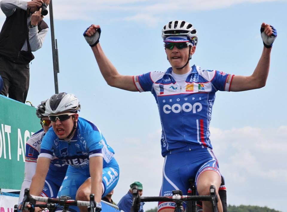 Pour la 4 éme éditions du souvenir Guy Jean, le vélo club a rassemblé plus de 60 coureurs au départ. La victoire est revenu à S. Kergaravat (vc.rouen 76). CLASSEMENT...